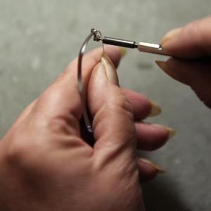 Montage einer Randlosbrille
